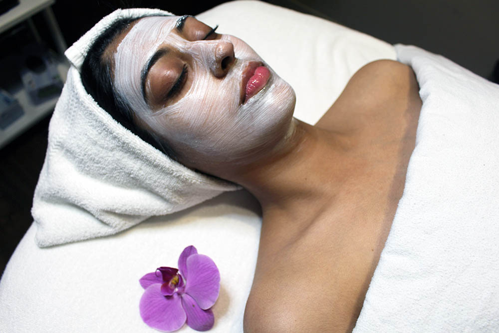 Best Face Forward: The Benefits of a Regular Facial Routine