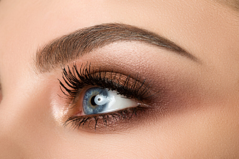 Brow Tinting v. Microblading: Why we recommend tinting first!
